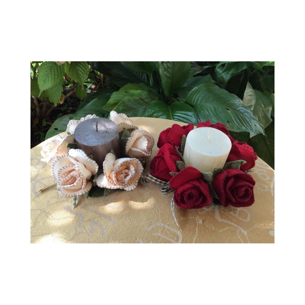 Portacandele con rose d'Inverno